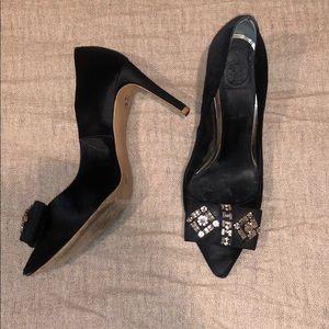 Tory Burch diamond bow heel size 7.5